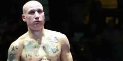 Boxeador italiano com tatuagens nazistas causa revolta; Federação é criticada
